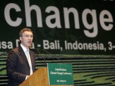 2007-12-13T083702Z_01_NOOTR_RTRIDSP_2_OFRWR-CLIMAT-CONFERENCE-20071213.jpg