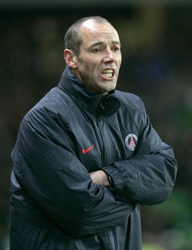 Paul Le Guen a été reconduit dans ses fonctions d'entraîneur