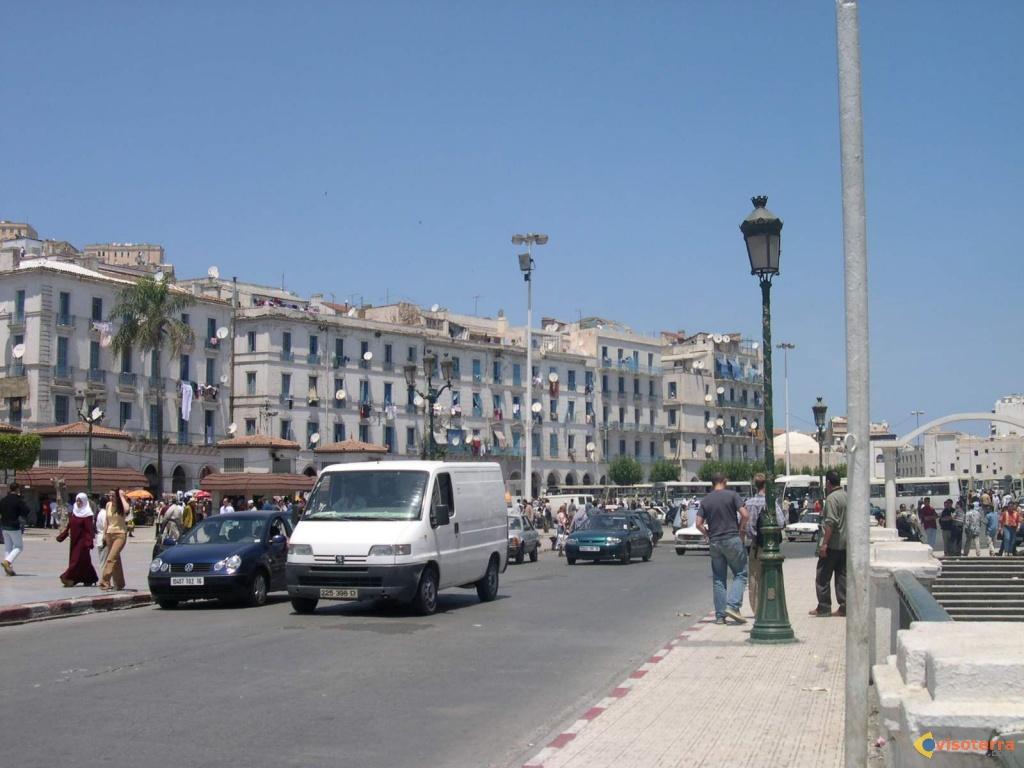 Eléctions Présidentielles en Algérie : C'est reparti pour 5 ans!