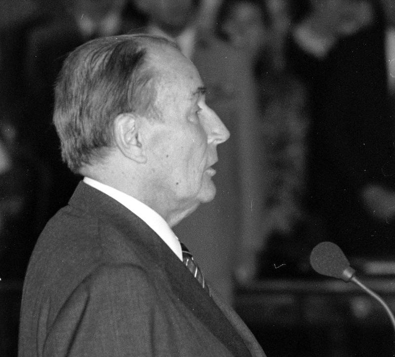 Mitterrand ou le verrou sauté de la tragédie algérienne