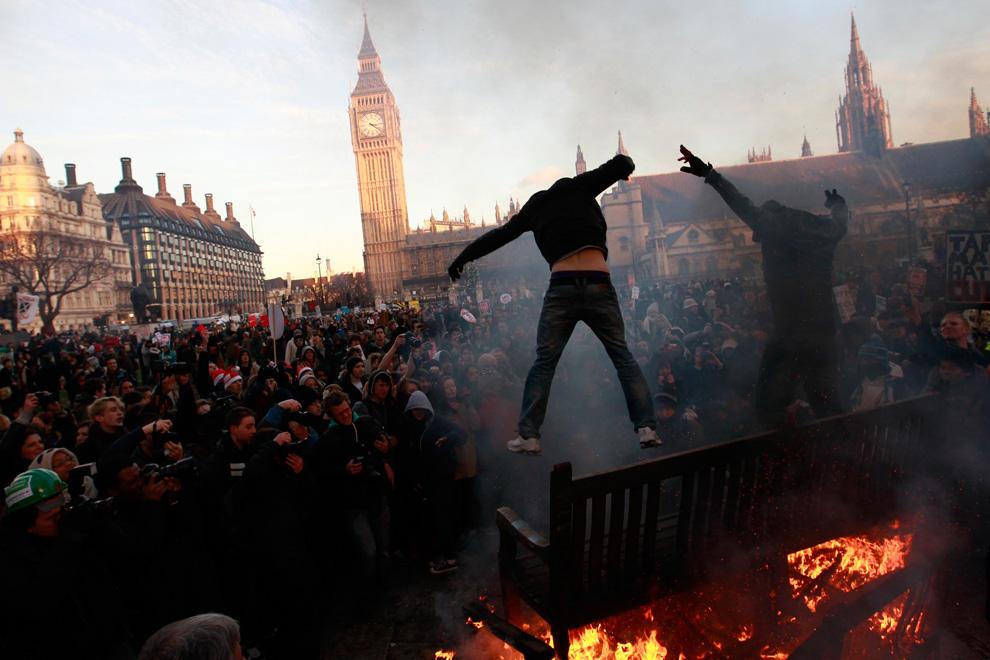 Étudiants en Angleterre : entre galère financière et mobilisation