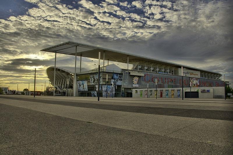 Le stade Yves-du-Manoir coûte-t-il trop cher ?