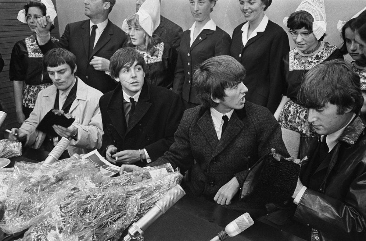 De la «surf music» aux premières expérimentations : Les 10 meilleurs artistes des 60's