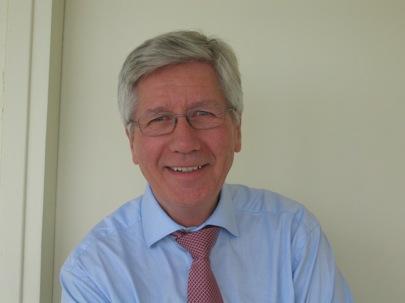 Francis Balle : «Ne nous laissons pas fasciner par les prouesses du numérique»