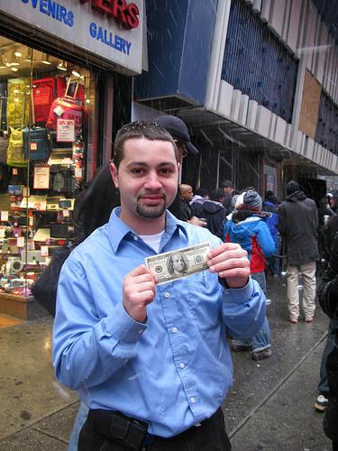 Bill renfloue les caisses des New-Yorkais
