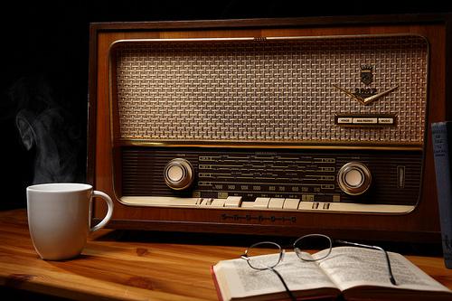 L'arrivée du numérique suscite la colère des dernières radio libres