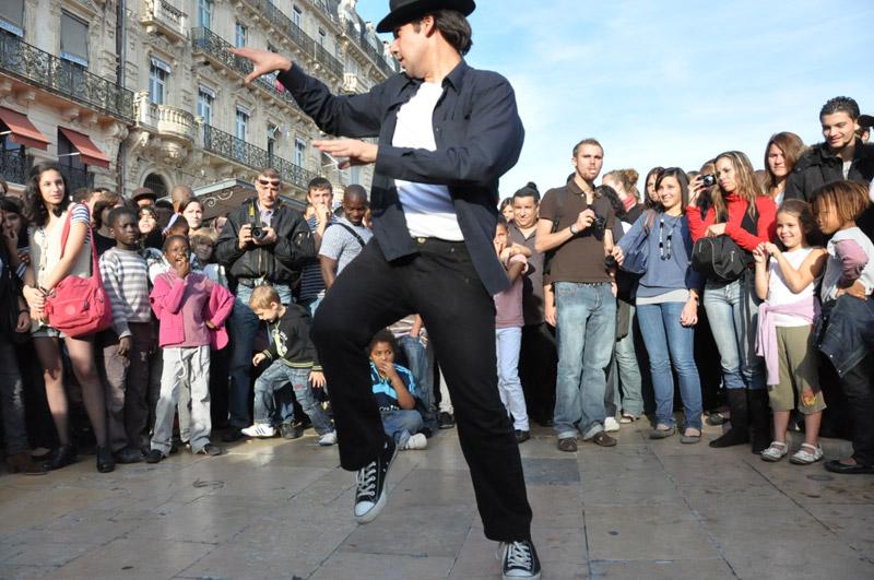 Quatre mois après son décès, Michael Jackson draine toujours autant les foules