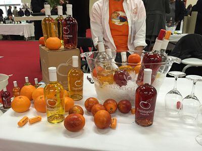 Stand espagnol de vin d'agrume