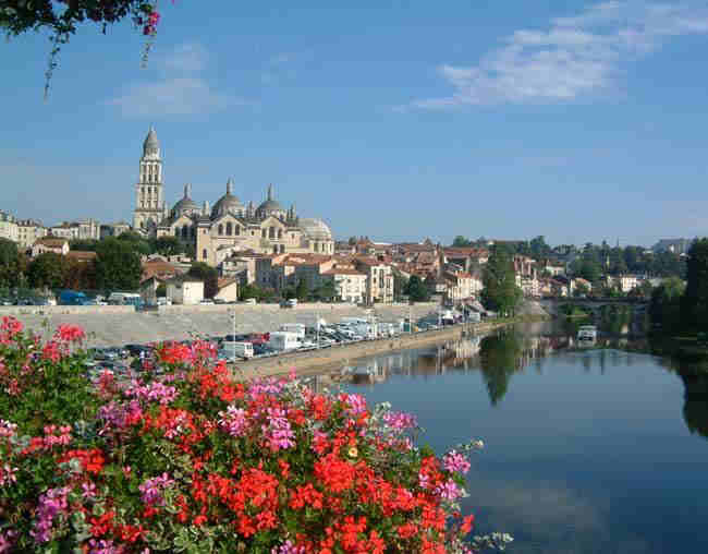Darcos : Le vilain petit canard de Périgueux